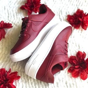 "Nike Air Force 1 Sage Low ""Team Red"" Women's sz 8"